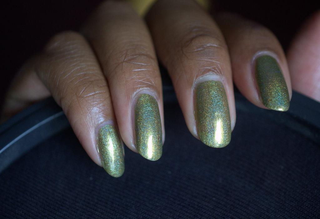 Cirque Harlow nail polish