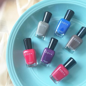 Beauty lovers are a trip Putting nail polishes on plateshellip