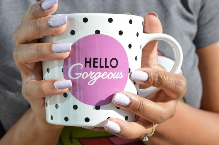 Nails on mug