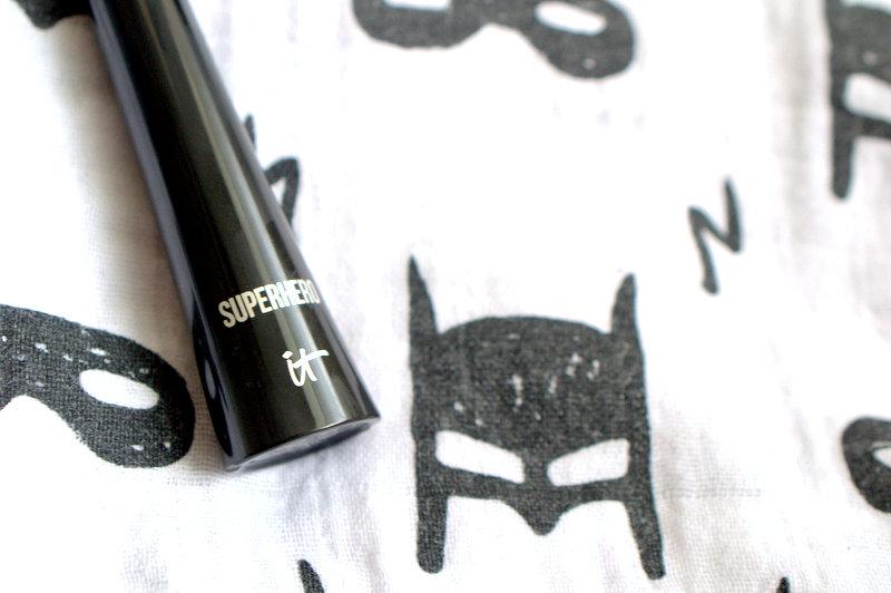 It Cosmetics Superhero Elastic Stretch Mascara