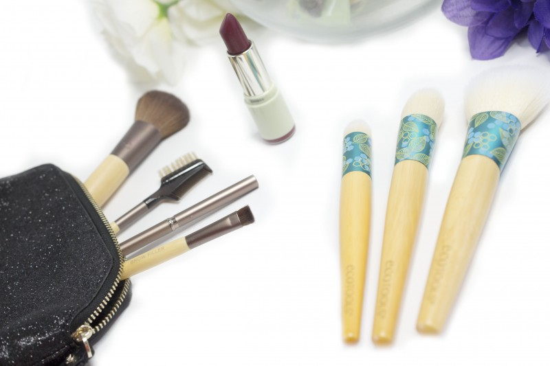 Makeup brushes EcoTools