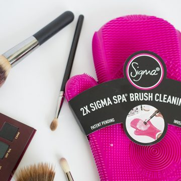 Pink Sigma Brush Glove