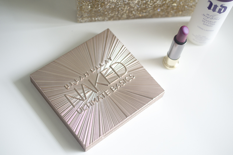 Urban Decay Naked Ultimate Basics front