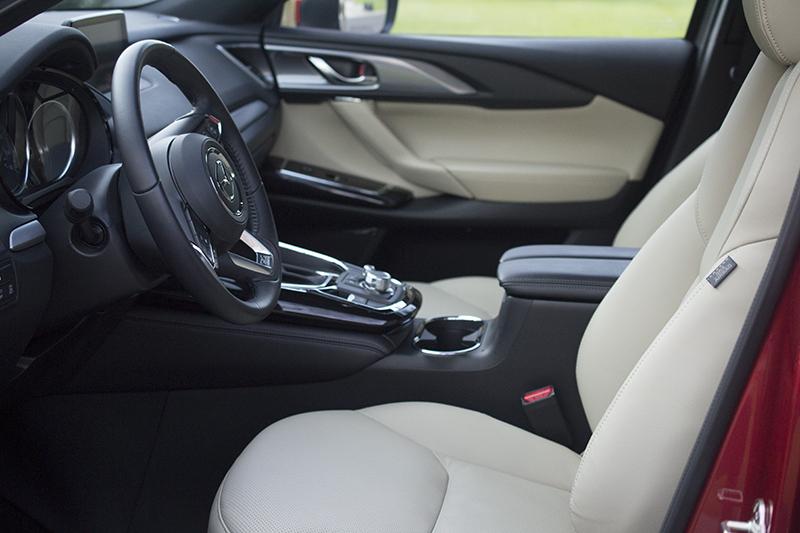 Mazda CX-9 front