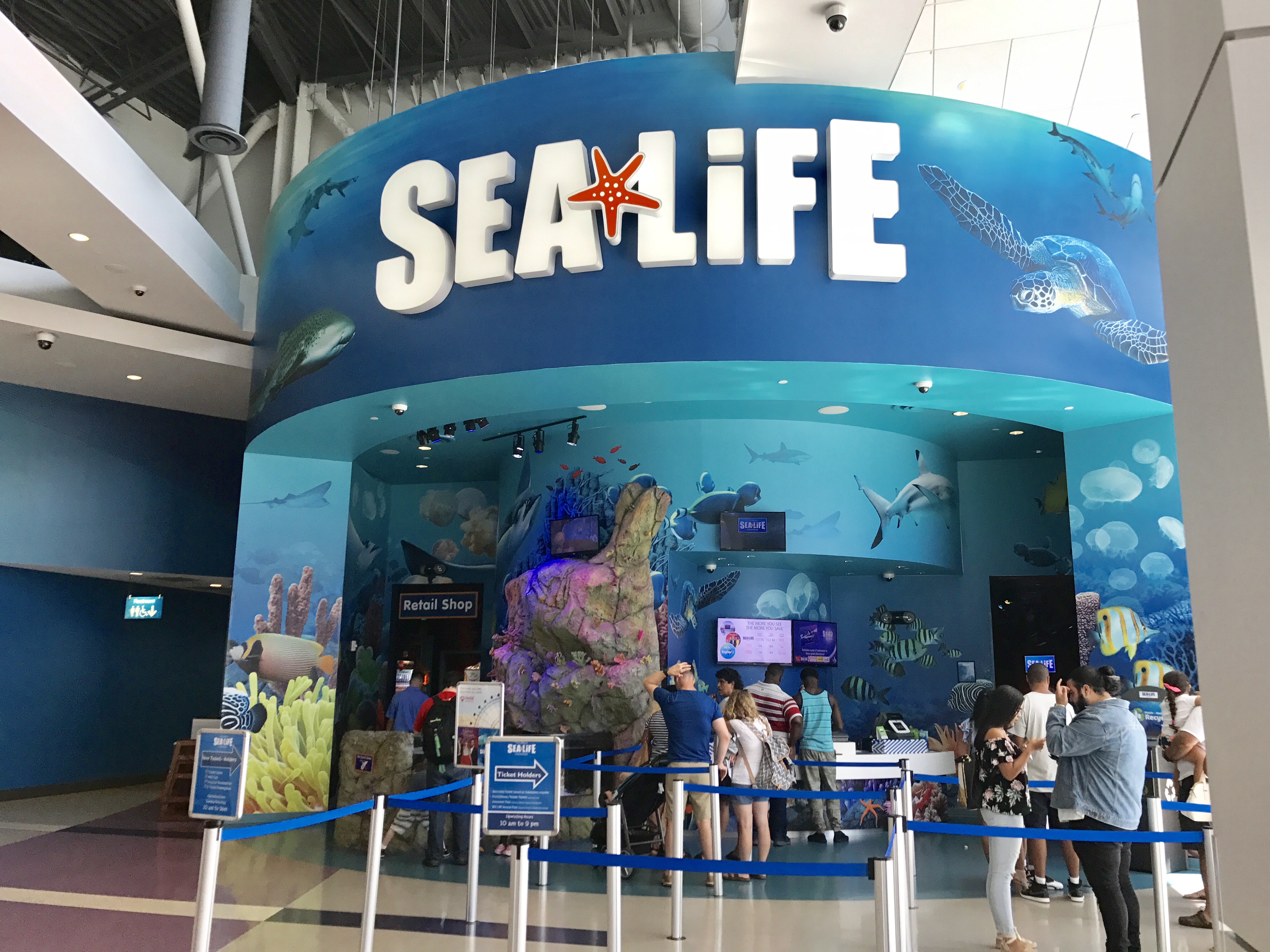 Sea Life Aquarium Orlando Clumps Of Mascara